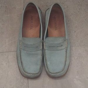 Aerosoles baby blue suede loafers